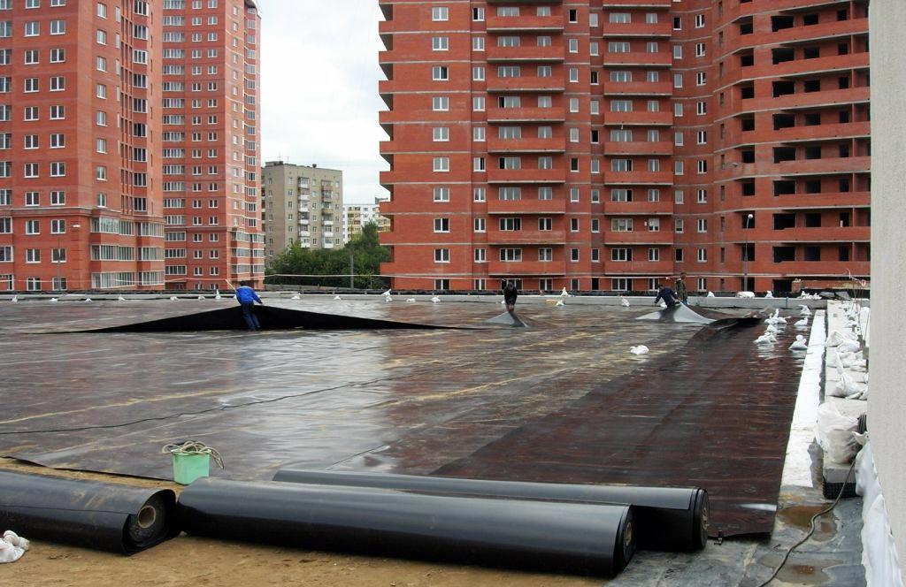гидроизоляция крыши с помощью геомембраны