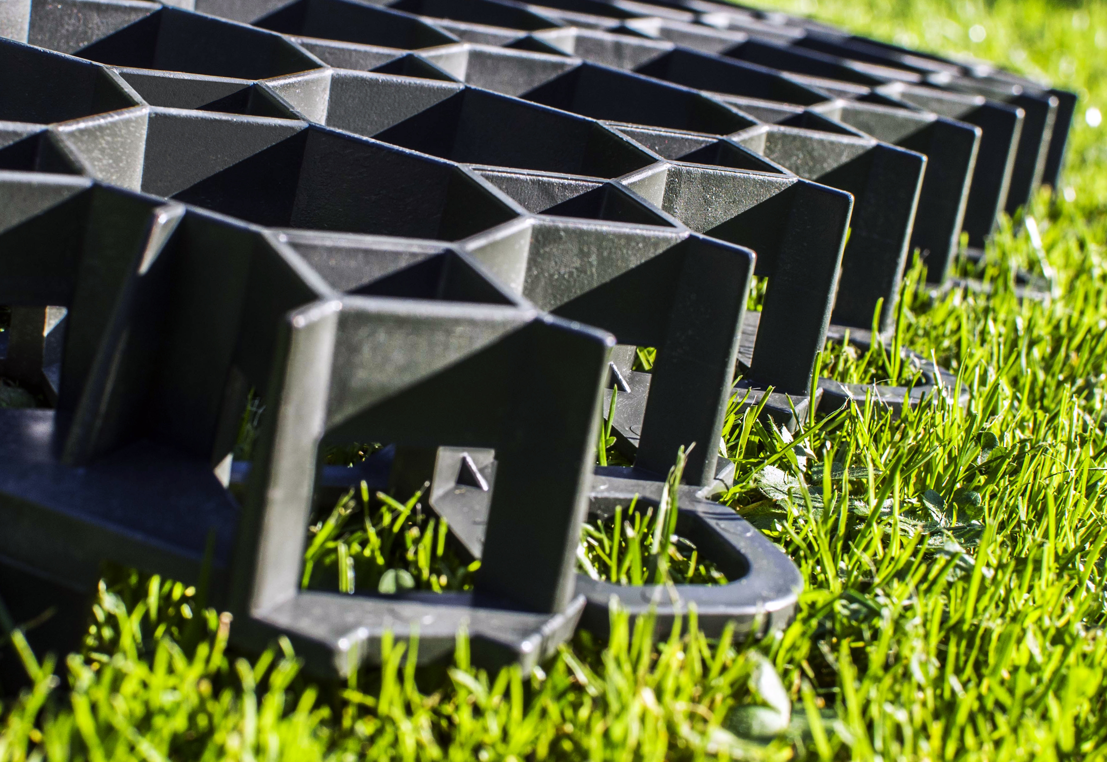 Садовый пластиковый бордюр